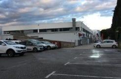 Location Locaux Commerciaux 1850 m² + Parking - A louer Aubagne 13400