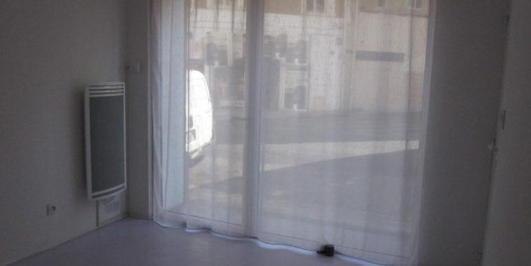 int_vitrine